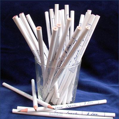 matita con poesia bianca (1)