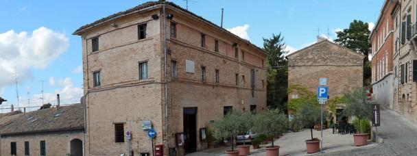 La Casa di Silvia riveste il suo colore originale